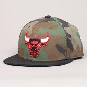 Adidas Original - Adidas Snapback Bulls Camo SB Cap