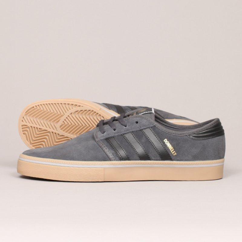 Kjøp Adidas Seeley x Real Get Fukd Sko Online
